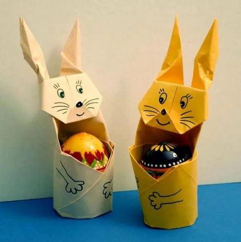 iz-bumagi-dva Пасхальные кролики своими руками: мастер-класс
