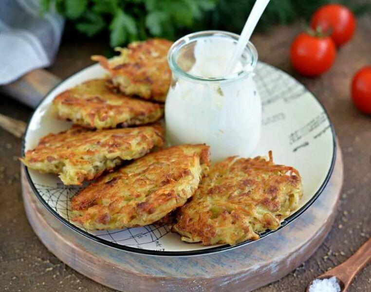 Картофельные драники из картошки — классические рецепты на сковороде