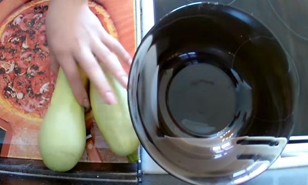 Кабачки жареные на сковороде - быстрые и вкусные рецепты приготовления кабачков