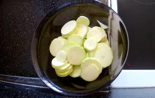 Кабачки жареные на сковороде рецепт