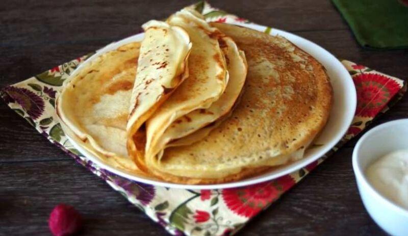 Блины на кефире тонкие с дырочками — 9 пошаговых рецепта вкусных блинов