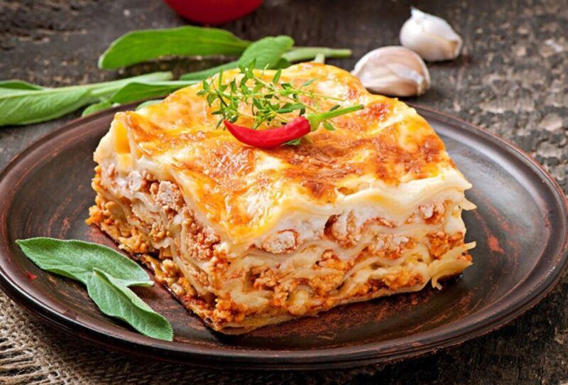 Лазанья с фаршем — классические рецепты в духовке